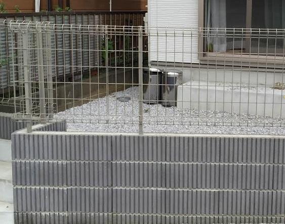 土留めブロックの例2